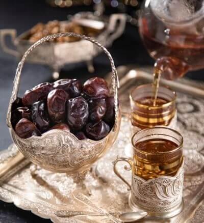 mazafati dates & tea